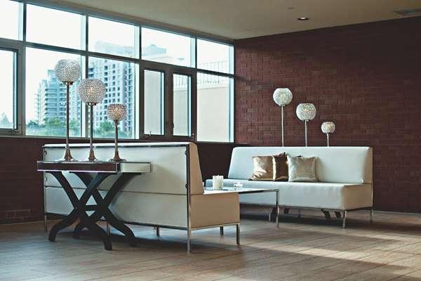 Standardowe wymiary paneli podłogowych w sklepie budowlanym